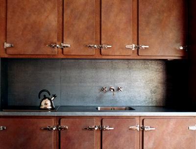Plan de travail cuisine en zinc cuisine avec bar en zinc for Plaque de zinc pour cuisine
